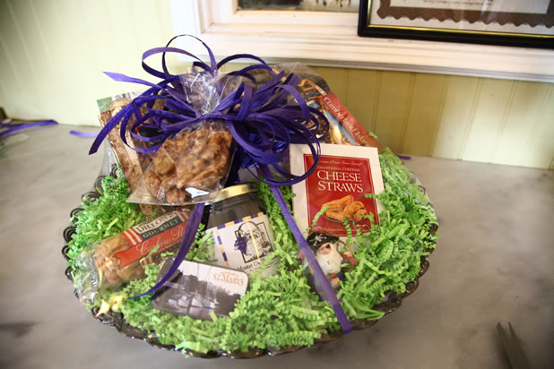 Gift Basket Main Image & Gift Baskets and Gift Certificates | Market on the Square | St ...